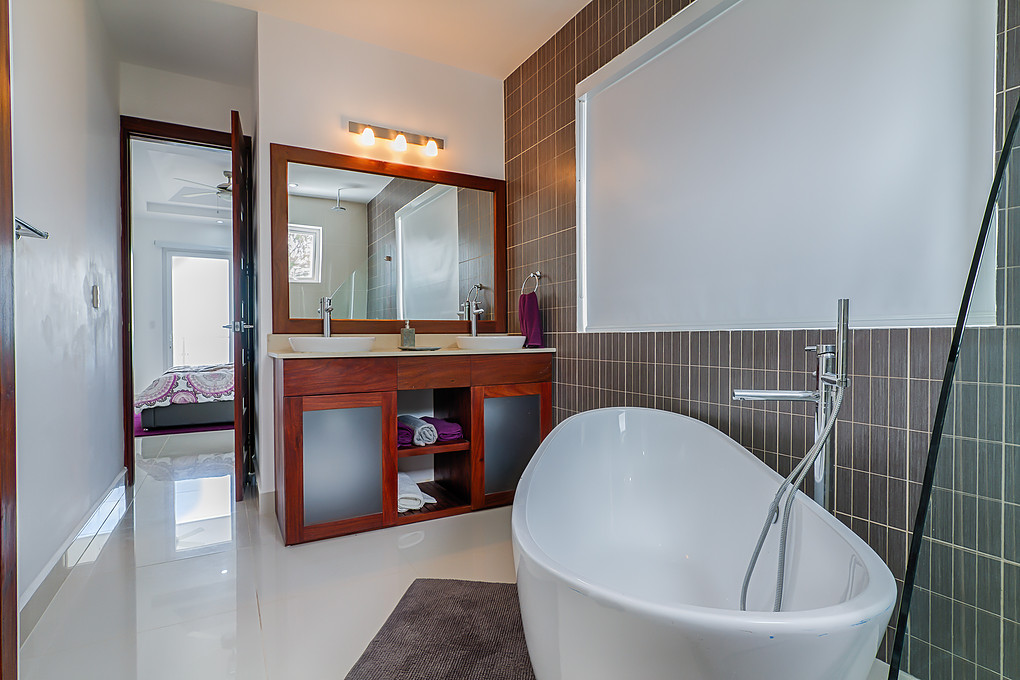 Residencial Malibu Bathrooms